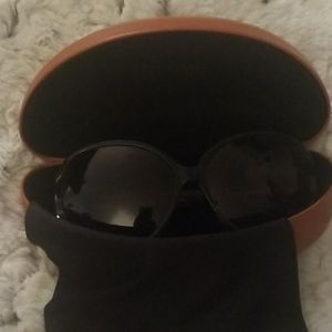 Classy Missoni women's sunglasses